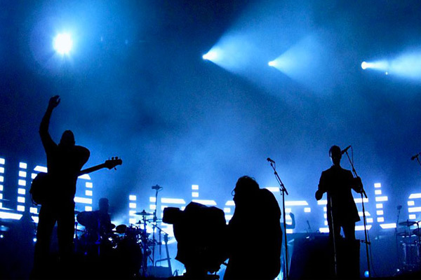 Massive Attack and the refugee crisis: Duley's pictures in the British band tour